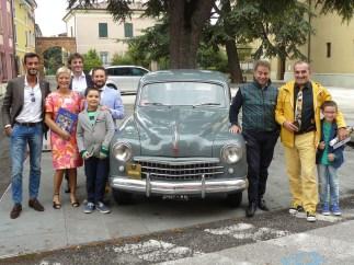 FIAT 1400 appartenuta a Tazio Nuvolari. Nella foto Claudio Scapinello presidente AMAMS, Arianna Sartori, Davide Capra, Dante Ghisi, Giorgio Andrian