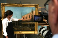 Filming inside the conservation room at Windsor Castle_3-® EXHIBITION ON SCREEN (David Bickerstaff)