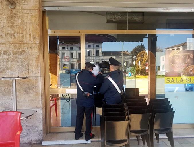 carabinieri - chiuso locale
