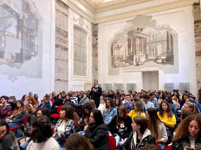 Liceo Virgilio  educare alla costituzione.jpg