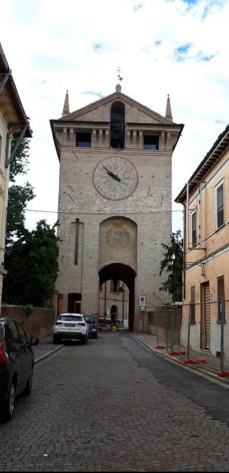 torre di gonzaga lato esterno