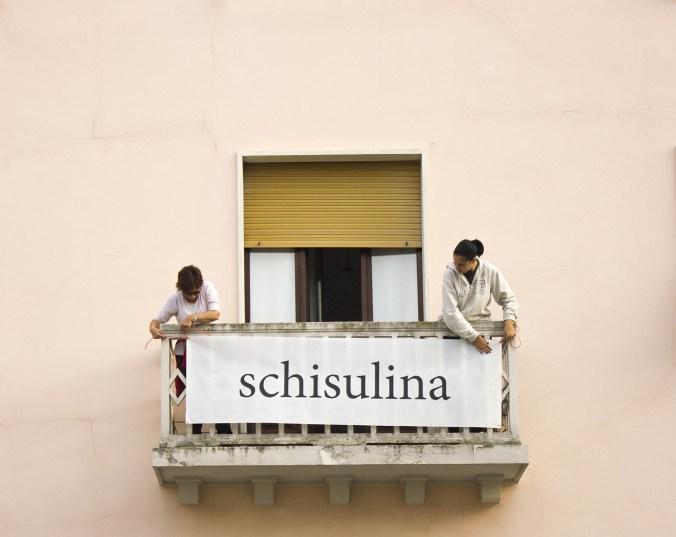 02-sabrina-DAlessandro-Premio-Suzzara-Parole-al-balcone-Schisulina.jpg