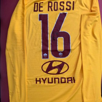 DE ROSSI 16. ROMA 2019-06-18 at 3.10.04 PM.jpeg