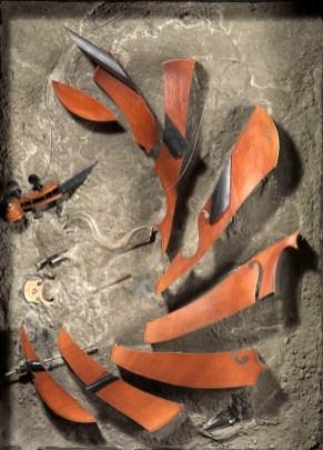 Arman-Prcieuse-Ridicule-1974-violoncello-sezionato-per-met-incorporato-nel-cemento-in-scatola-di-legno-cm-140x100x25.