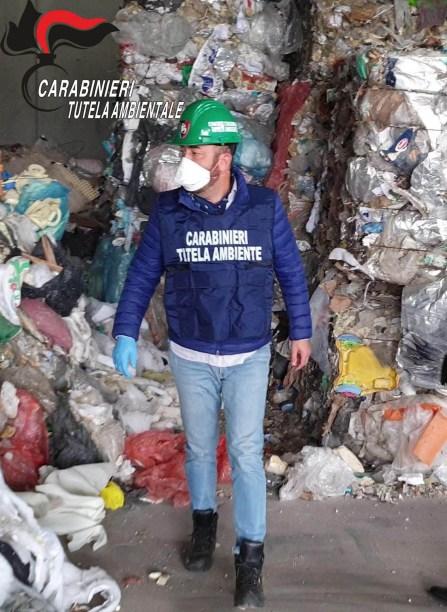 carabinieri rifiuti Brescia