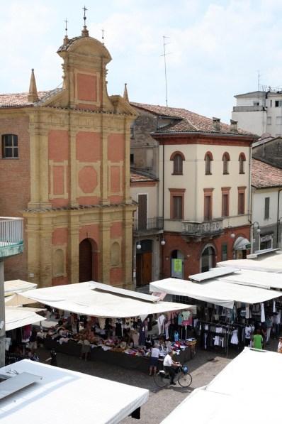 Mercato settimanale di Lugo (vert)