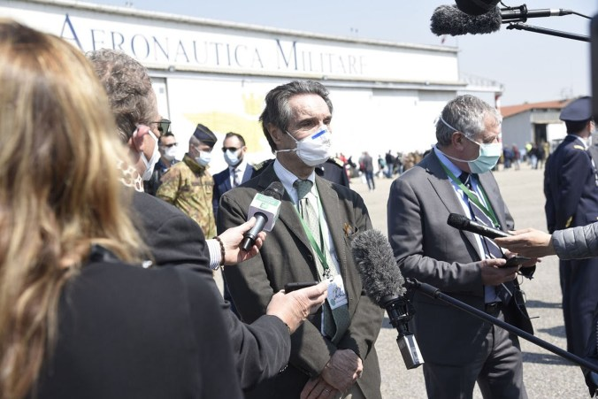 MEDICI ITALIANI ARRIVATI A LINATE ACCOLTI DA REGIONE LOMBARDIA 4.jpg