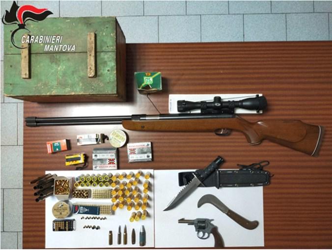 armi in casa del nonno violento.jpg