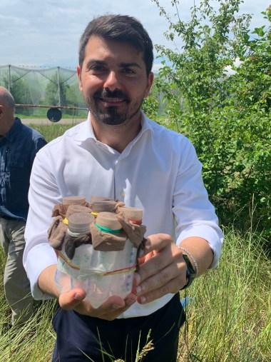 Assessore Mammi per lancio vespa samurai a Campogalliano