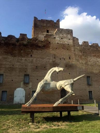Monumento Mario Pavesi.jpeg.jpg