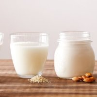 Is Milk Keto? These 7 Low-Carb Milks Will Keep You In Ketosis