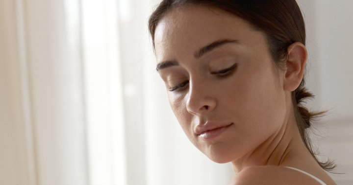 How Sleep Affects Your Hormones & Skin From A ...