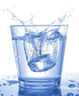 glass-of-water-beverage-showing-healthy-lifestyle
