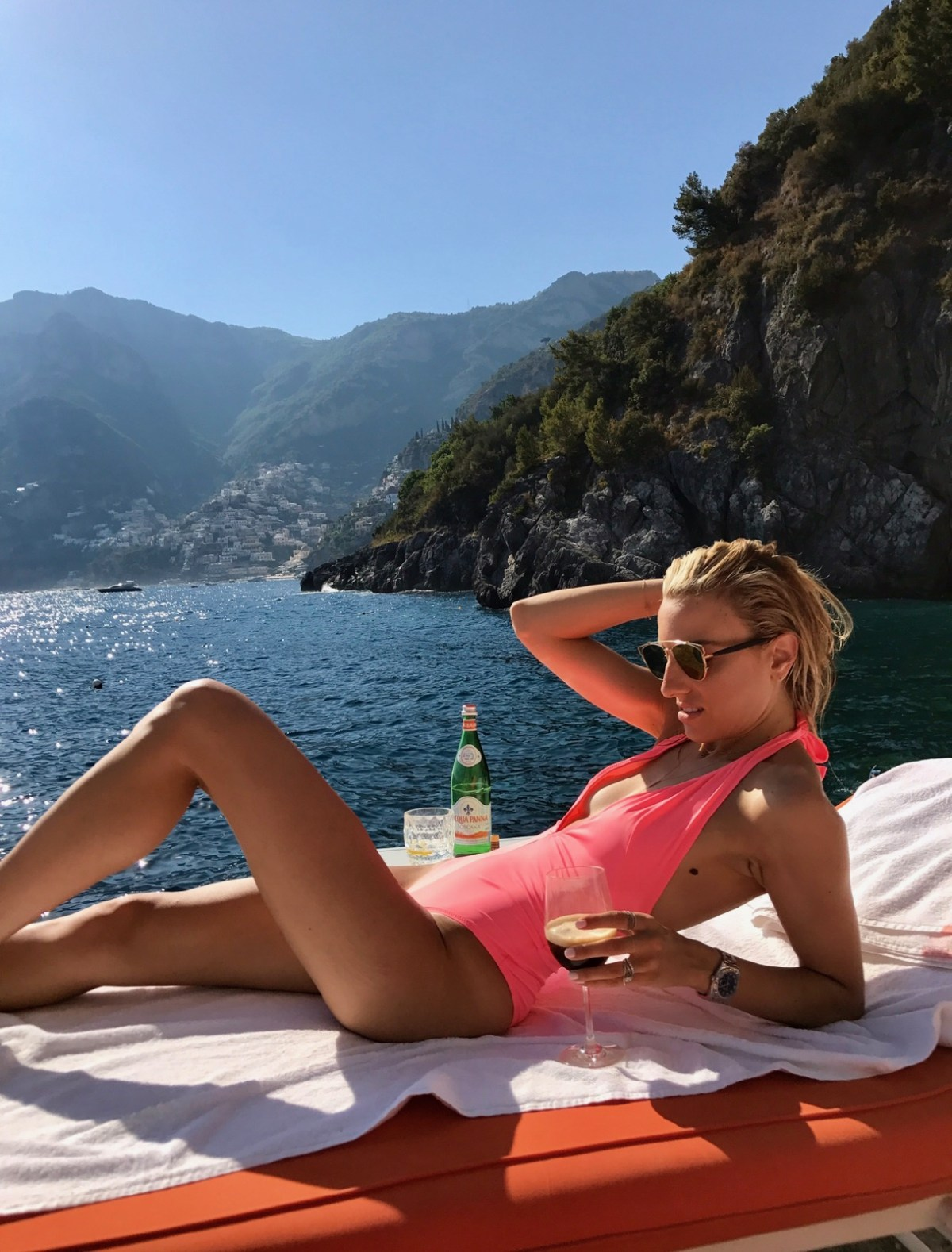 Positano Travel Guide, Beach clubs in Europe, One piece swimsuit in Positano, Top 10 things to do in Positano