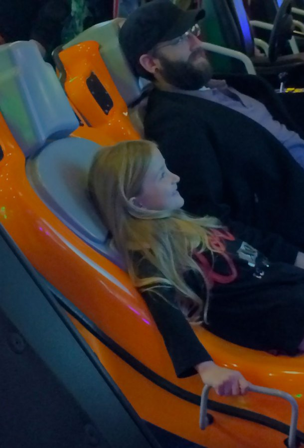 adalie-and-craig-at-dave-and-busters