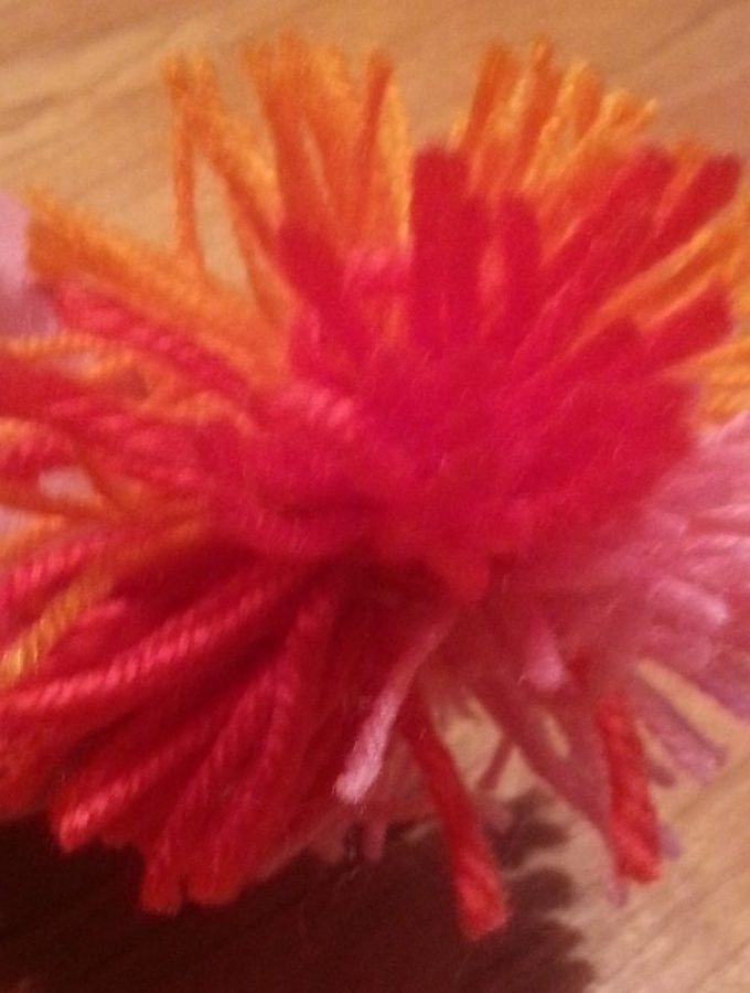 How to Make a Yarn Pom-Pom