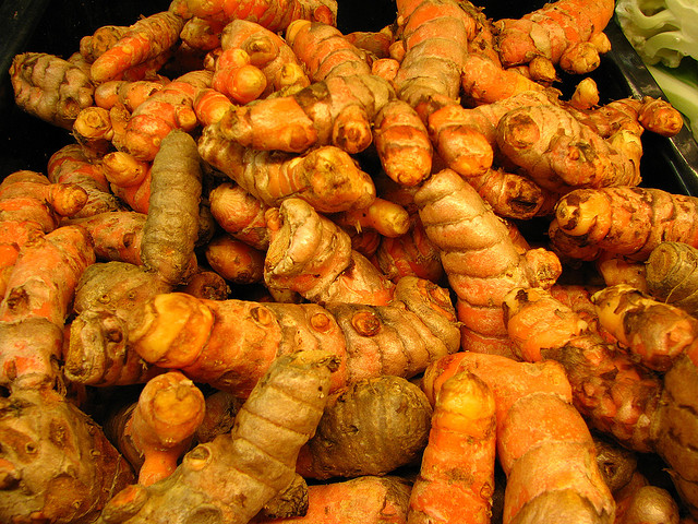 turmeric root by Melanie Cook via flickr cc