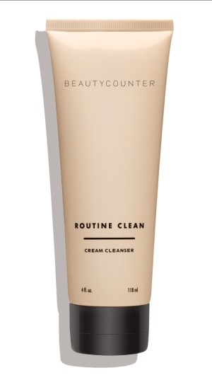 Beautycounter Routine Clean Cream Cleanser and Other Favorite Creamy Cleansers // www.mindfulmomma.com