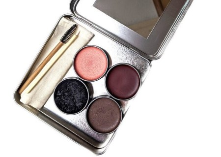 Clean Faced Cosmetics and other sustainable makeup brands