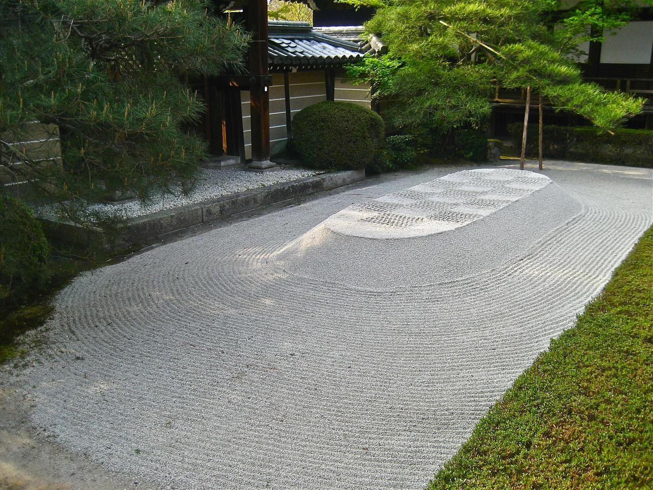 How to create a zen garden for Making a japanese garden