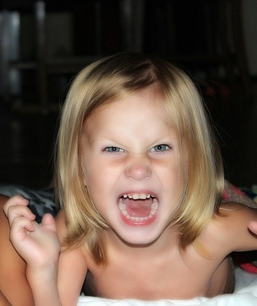 kids-angry and happy face