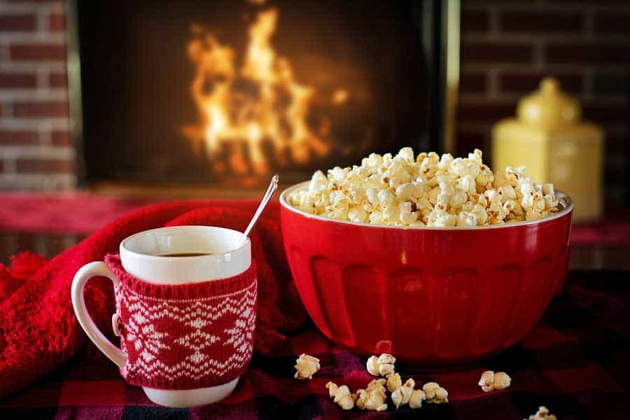 12 Family Christmas Traditions to Start This Season