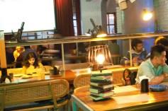 prankster-bar-sector-29-gurgaon-mindwagons-library2