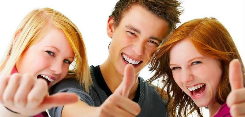 счастливые подростки