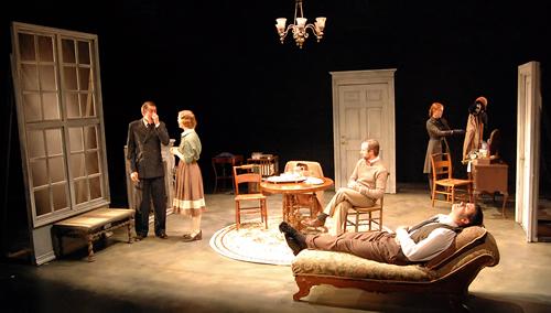 пьеса в театре