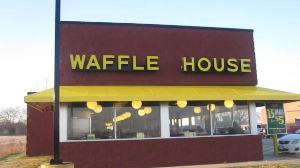 MVI_2861_Waffle_House_in_Fort_Worth