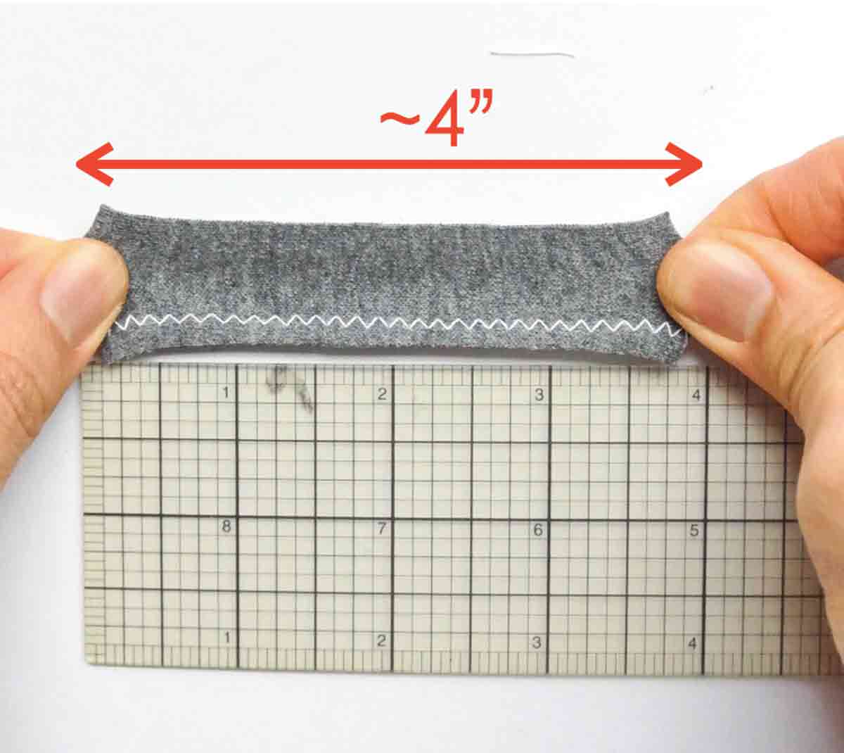 """Short and wide zigzag stitch increases to 4"""" when stretched"""