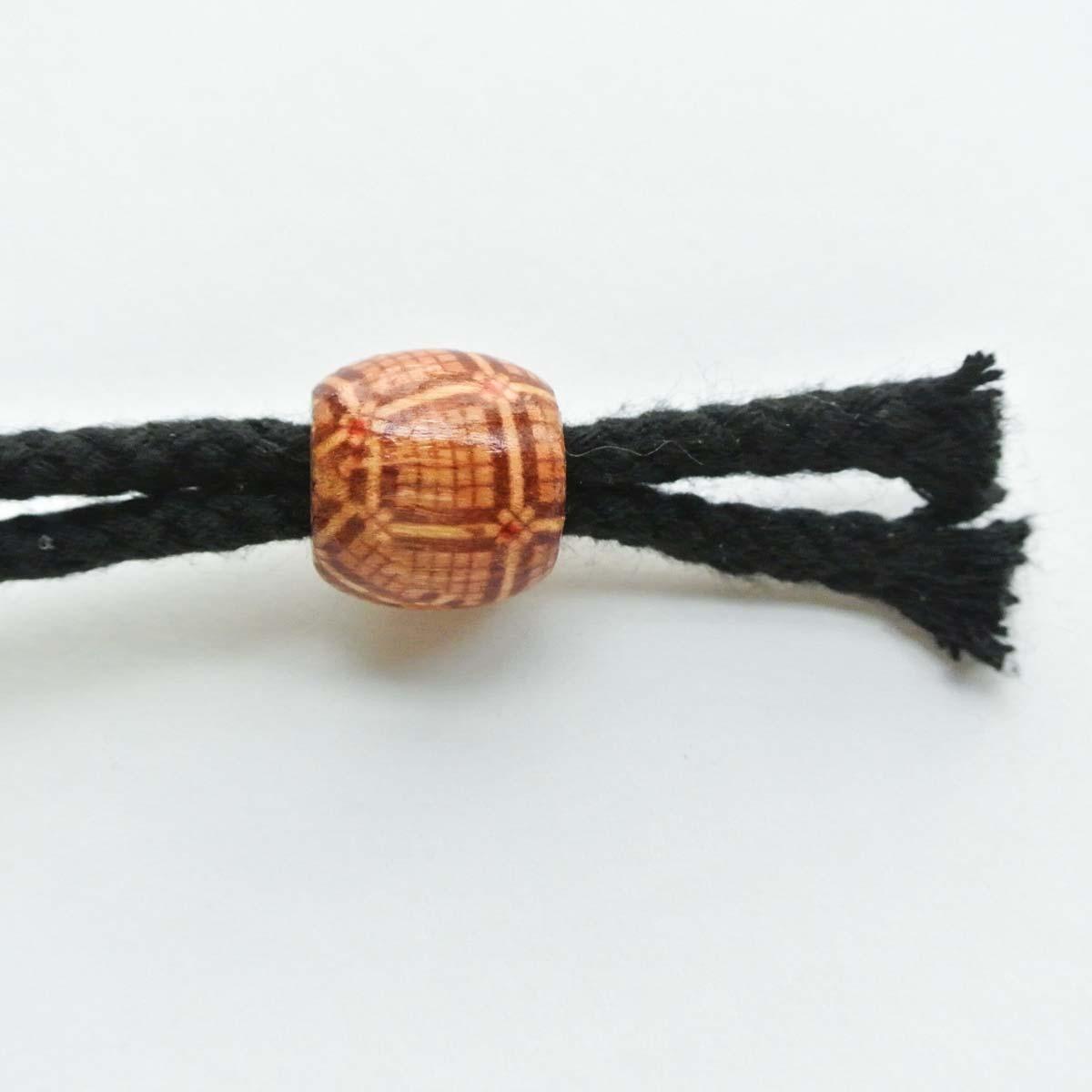 Beads on end of Drawstring. DIY dice bag pattern