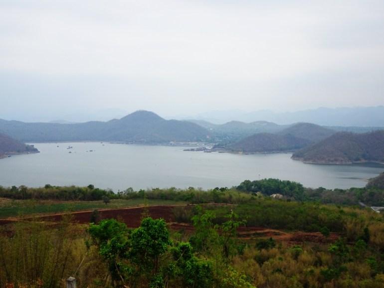 Aussicht auf See Nationalpark Kanchanaburi