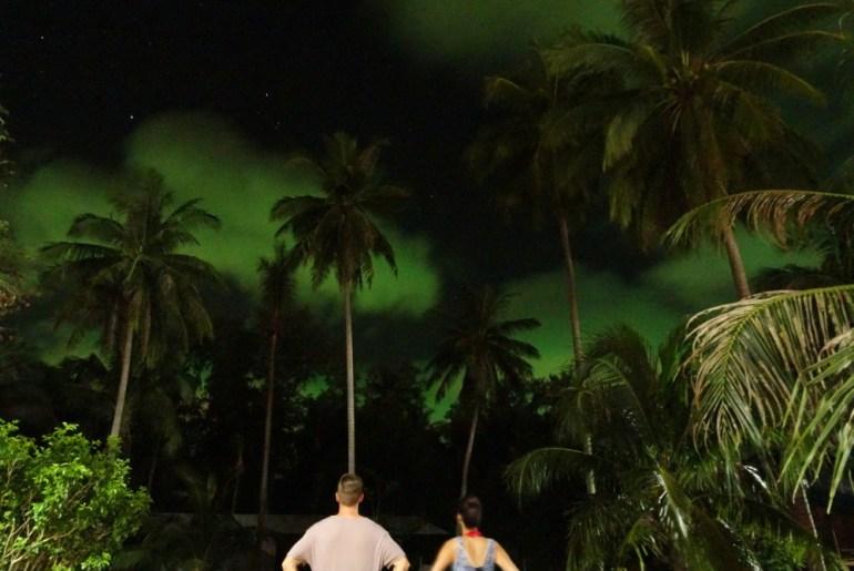 Blick in den Himmel in Chaloklum Koh Phangan