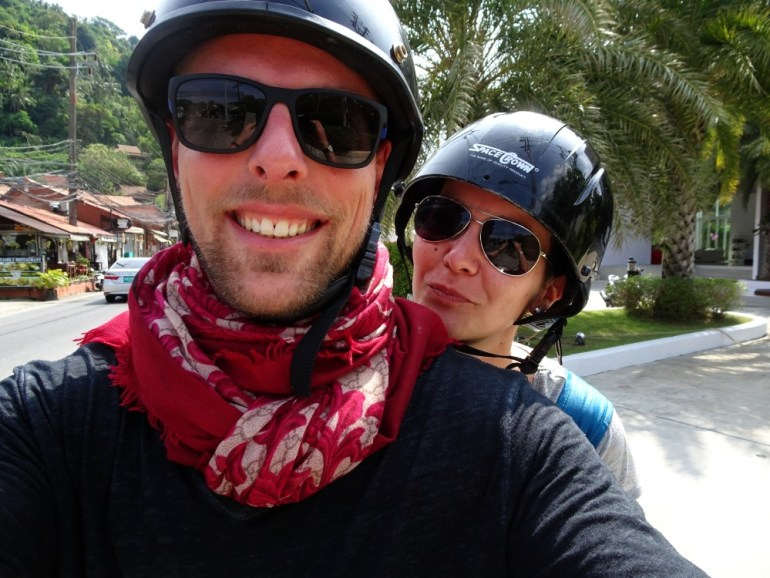 Mit dem Moped Phuket erkunden