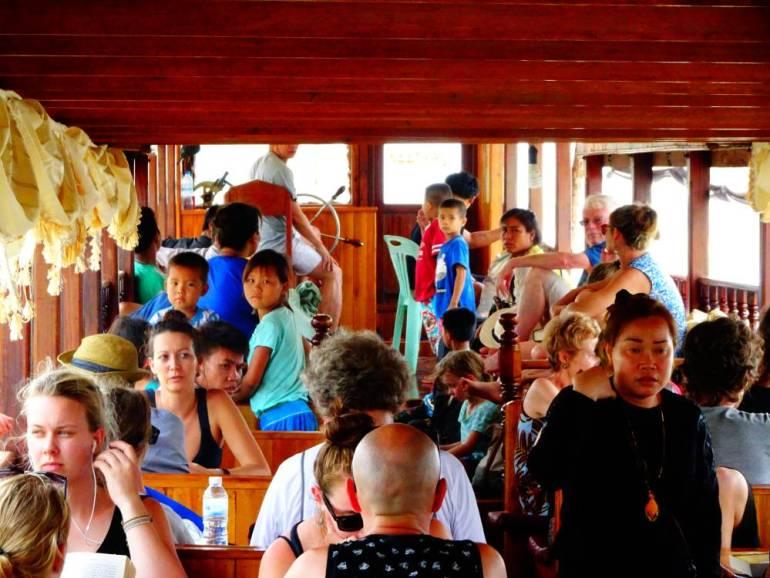 Passagiere auf dem Slow Boat Mekong