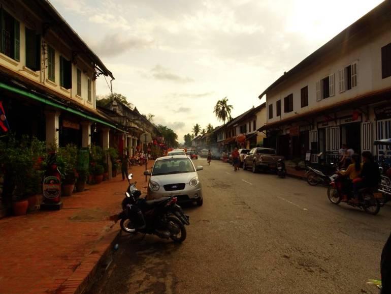 Sisavangvong Straße Luang Prabang