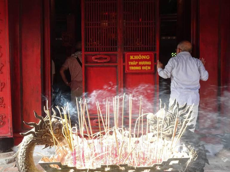 Im Literaturtempel Hanoi