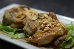 鶏もも肉のガーリック塩焼