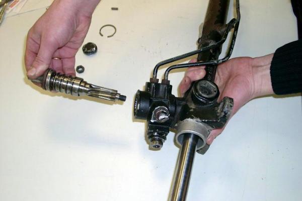 Ремонт рулевой рейки фото