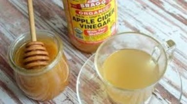 WHY YOU NEED HONEY IN APPLE CIDER VINEGAR