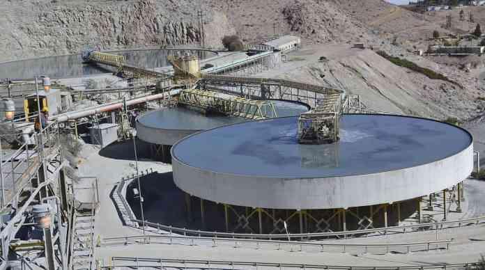 #1. CERRO VERDE. A cargo de complejos mineros de cobre y molibdeno, la empresa lideró las inversiones en minería a noviembre con más de US$1.513 millones, un 5,5% menos respecto a similar periodo del 2014. (Foto: Julio Angulo / El Comercio)