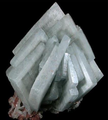 Cristales de barita azul tabulares