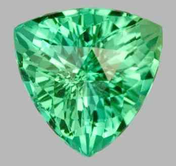 Turmalina verde claro