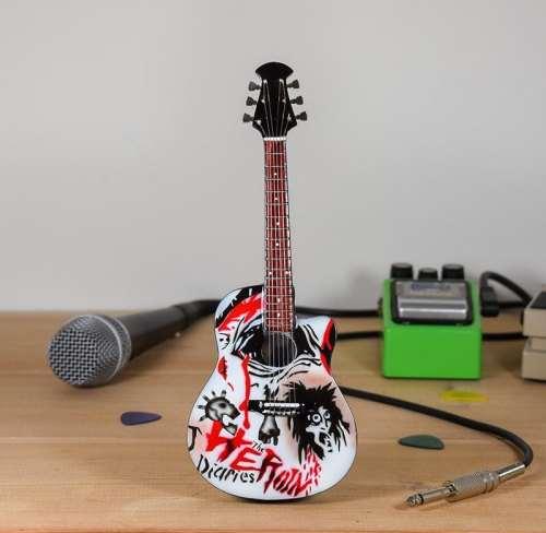 Motley Crue, Nikki Sixx - Heroin Diaries Ovation Acoustic