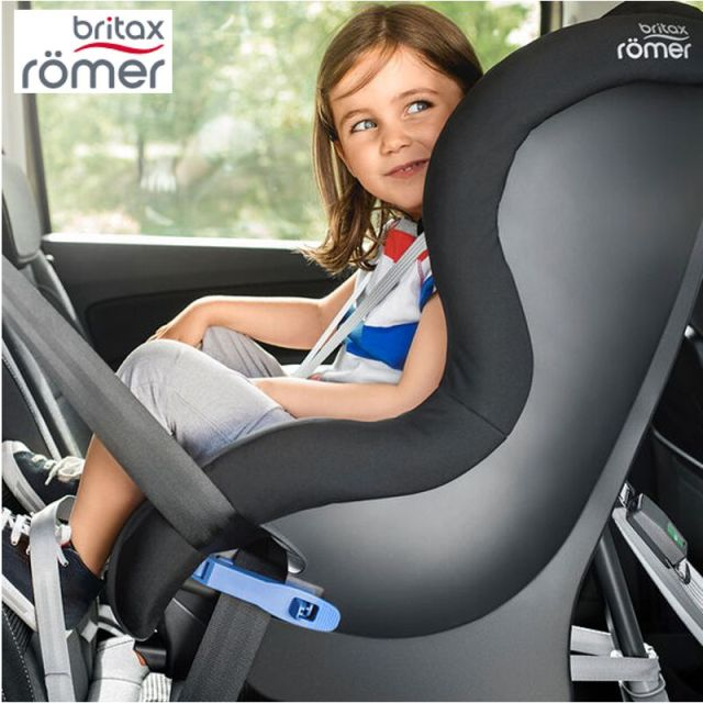 Auto-Kindersitze & Babyschalen 3