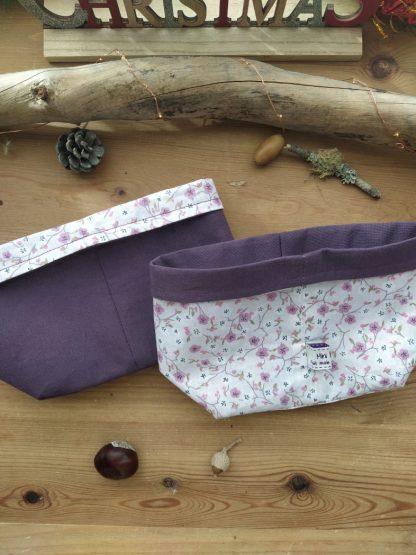 panier-tissu-reversible-coloris- fleurs-mauves-interieur-violet