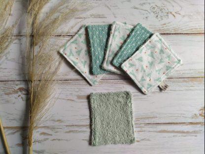 bebe-lingettes-lavables-bambou-coton-vert-tipis-vert-pale