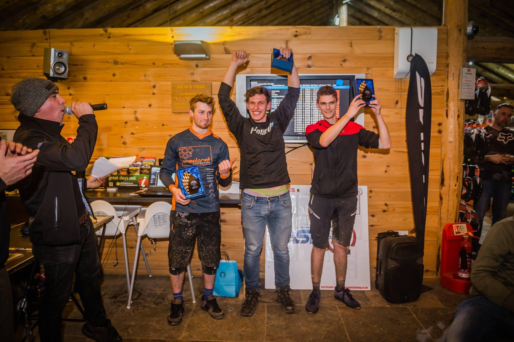 nightenduro-2017-podium1
