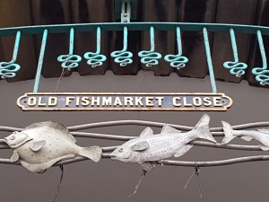 fishmarketclosesign2 300x225 - Edinburgh Old Town Walking Tour